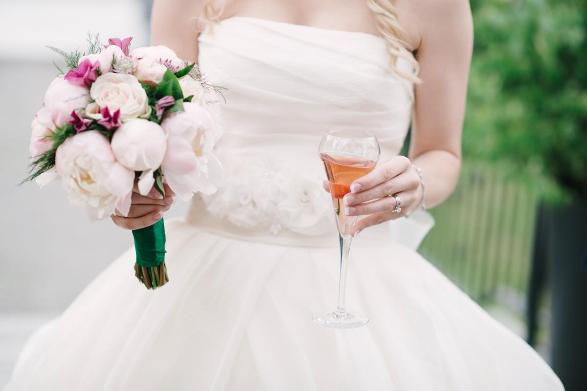 brudskål champagne bröllop